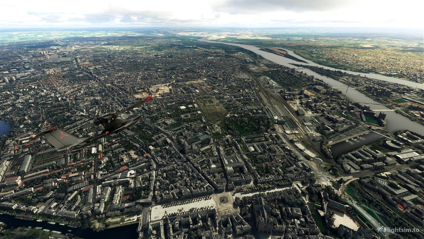 Nantes City