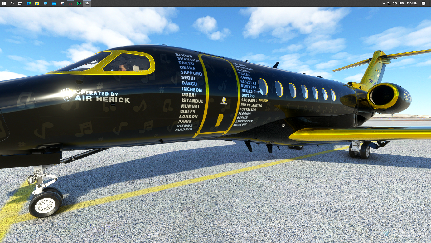 Shiny+Gold Pilotherick95's World Tour Livery 1