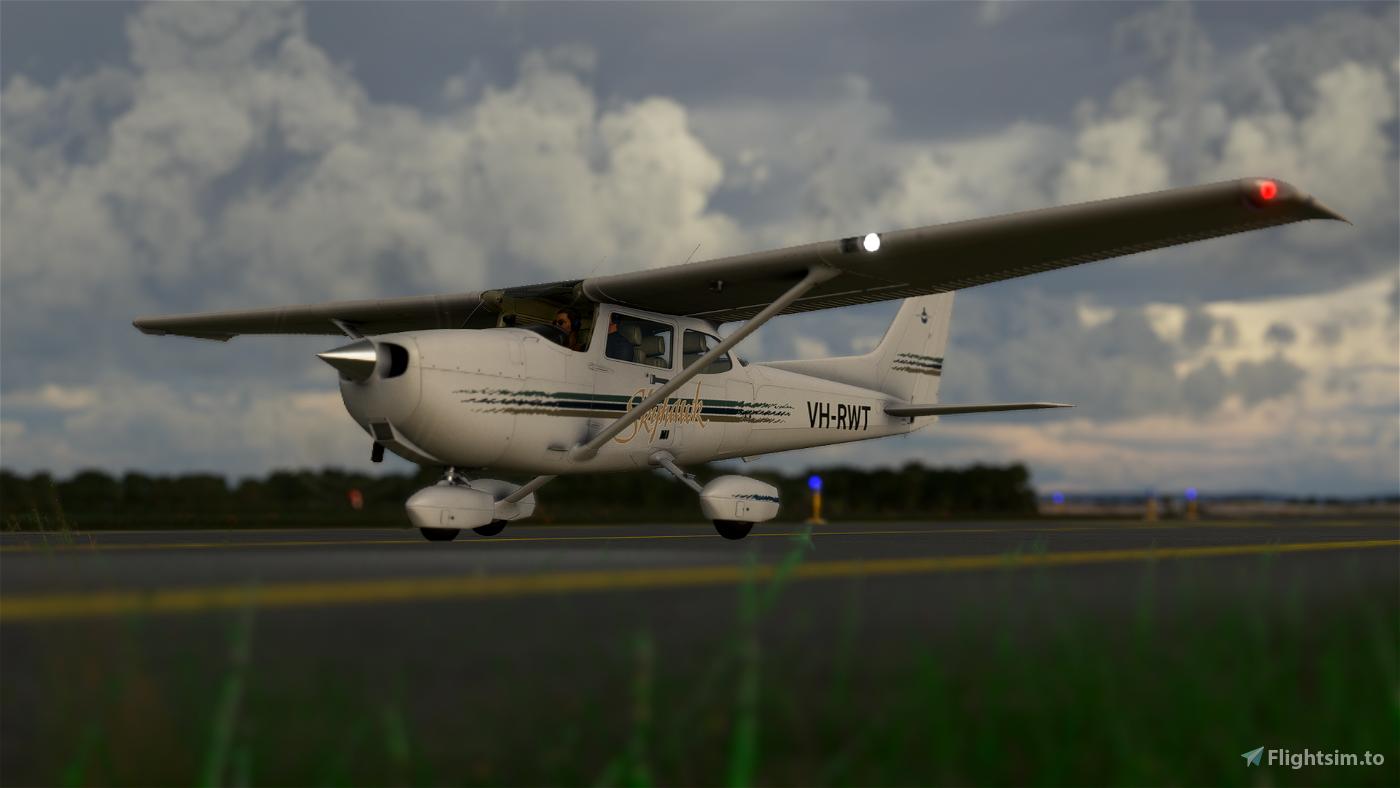 Cessna 172R (Classic SP) Royal Aero Club of Western Australia VH-RWT