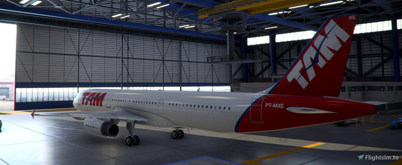 TAM PT-MXE PMP A321