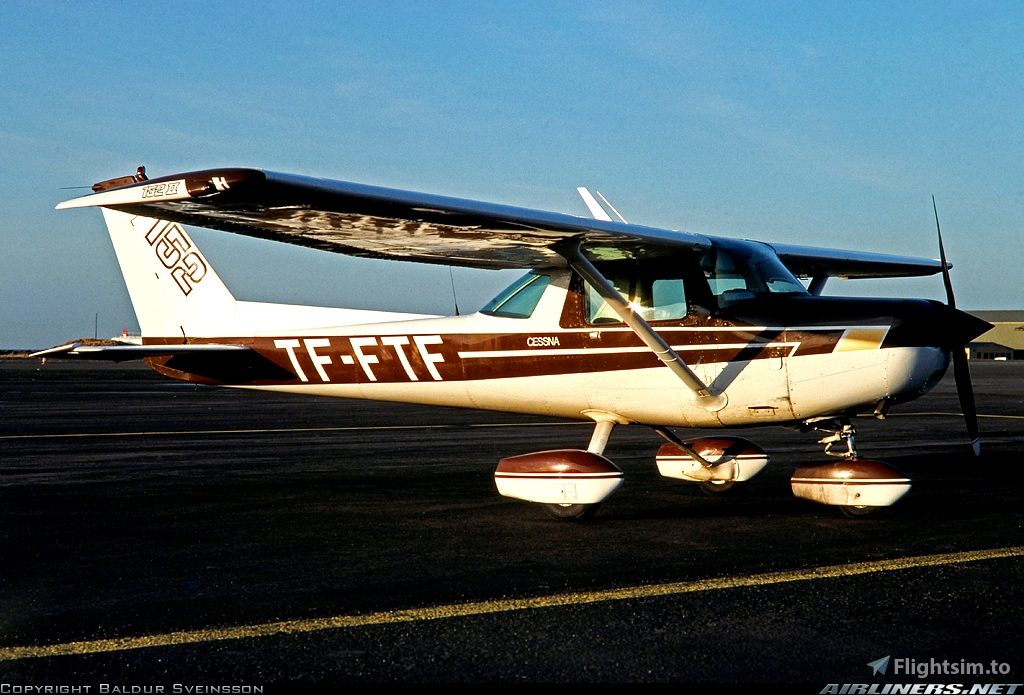 [4K] Cessna 152 TF-FTN livery
